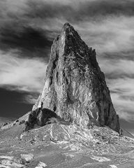 Arizona, Monument Valley, Southwest, Geology, Agaltha Peak, Navajo land, Stagecoach, Old West, Infrared, Colorado Plateau, rugged peaks, black and white