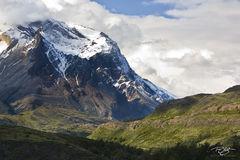 jagged peak, Parque Nacional Torres del Paine, cuerno, cuernos, cuerno este, dramatic light, torres del paine, national park, mountain, patagonia, chile, snow covered peak, selective lighting, peak