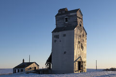 grain elevator, saskatchewan, saskatchewan pool, dankin, sunset, golden hour