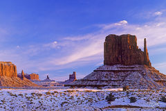 Utah, Arizona, Monument Valley, Southwest, Geology, Mittens, West Mitten, Sentinel Mesa, Butte, Big Indian, King on his Throne, Castle Rock, Bear and Rabbit, Navajo land, Stagecoach, Old West, sunrise