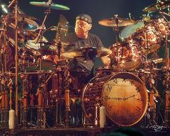 rush, neil peart, focus, in concert, performing, rock concert, clockwork angels tour, 2012, drumming, drummer, baterista, professor, pratt