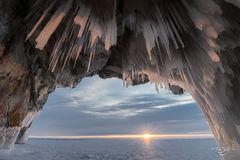 russia, lake baikal, siberia, ice, winter, Pribaikalsky National Park, Прибайкальский национальный парк, Pribaykalski National Park, ice cave, icicles
