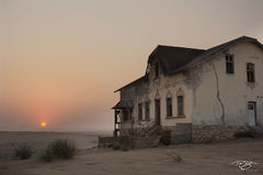 namibia, south west africa, namib desert, desert, sand, house, dunes, ghost town, kolmanskop, kolmanskuppe, luderitz, abandoned, town, diamond mining, flooded, homes, home, abandoned, derelict
