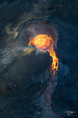 Geldingadalir erupts belching magma that will soon become new land