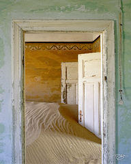 namibia, south west africa, namib desert, desert, sand, doors, door, doorway, dunes, ghost town, kolmanskop, kolmanskuppe, luderitz, abandoned, town, diamond mining, flooded, homes, home, peeling pain