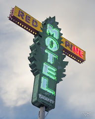 Vintage Motel Signs | Signs Of The Times | Timm Chapman