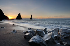 iceland, vik, Reynisfjara, Myrdalur, South Coast, black pebble beach, black sand, basalt, sunrise, sea stacks, Reynisdrangar, black rocks, mist, salt spray, morning mist, silhouette, shore, beach