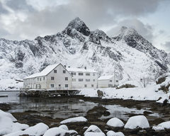 lofoten, Mærvoll, snowy, fresh snow, himmeltinden, winter, snow, snowing, snowfall, peaceful, quiet, serene, christmas, fishing village, Vestvagøy, Vestvagøya, factory, white, workshop, photo tour