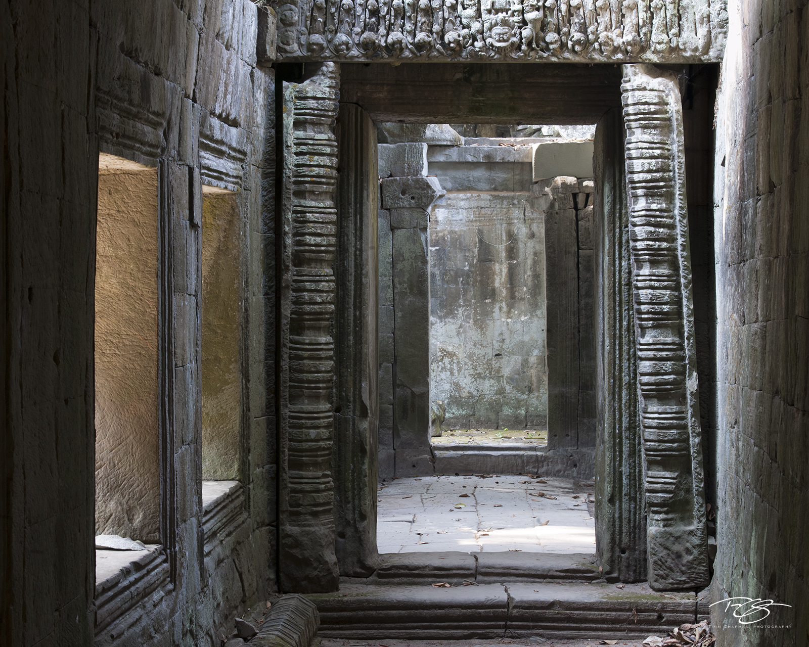 angkor wat, cambodia, temple, preah khan, ancient, whispers, carving, stone, gallery, chamber, hallway, corridor, window, door, doorway, doorways, chambers, light, shadow, sculpture, ancient, library, photo