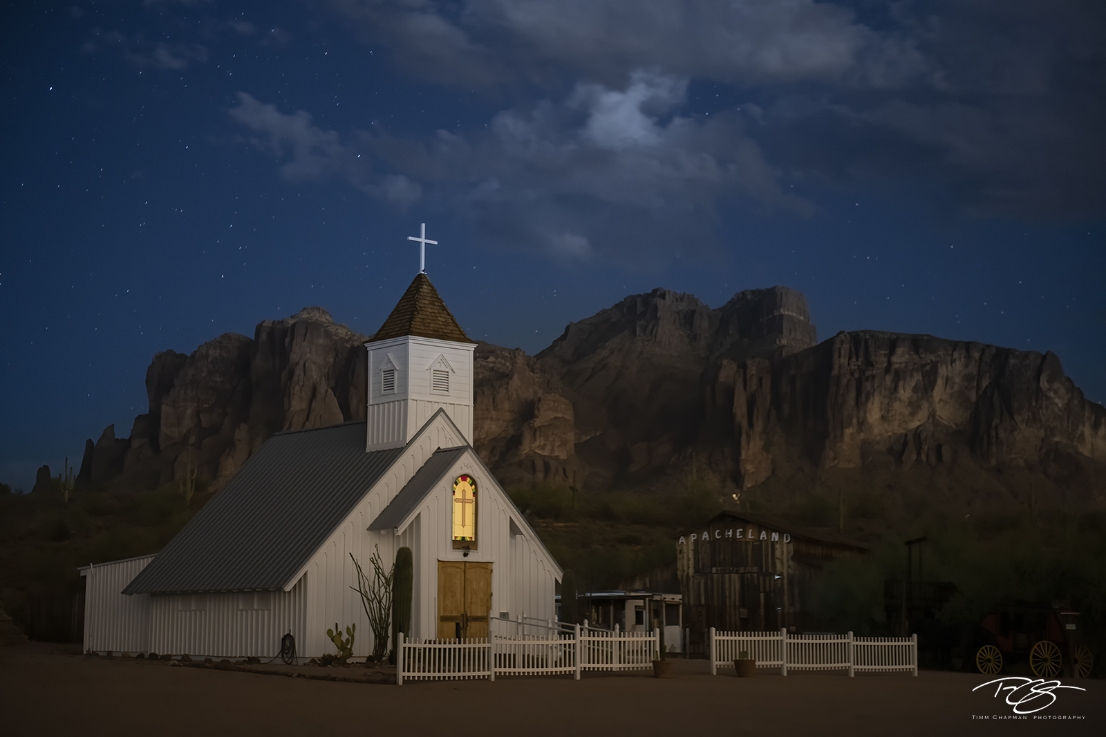 The Elvis Chapel lays solemn and quiet in Apacheland, at the foot of Superstition Mountain