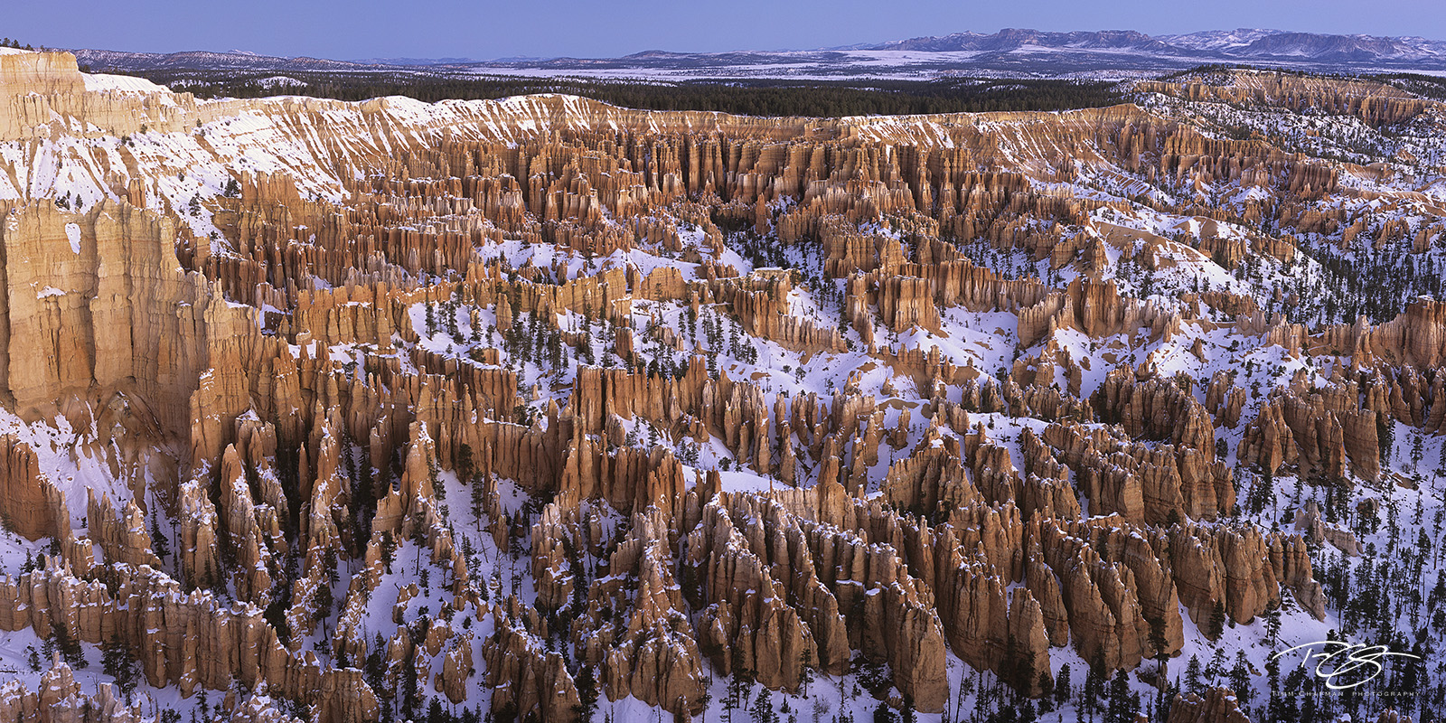 Bryce Canyon, amphitheatre, amphitheater, snow, winter, bryce canyon covered in snow, snowfall, wintertime, canyon, bryce, bryce canyon, bryce canyon national park, petrified sand dunes, badlands, hoo