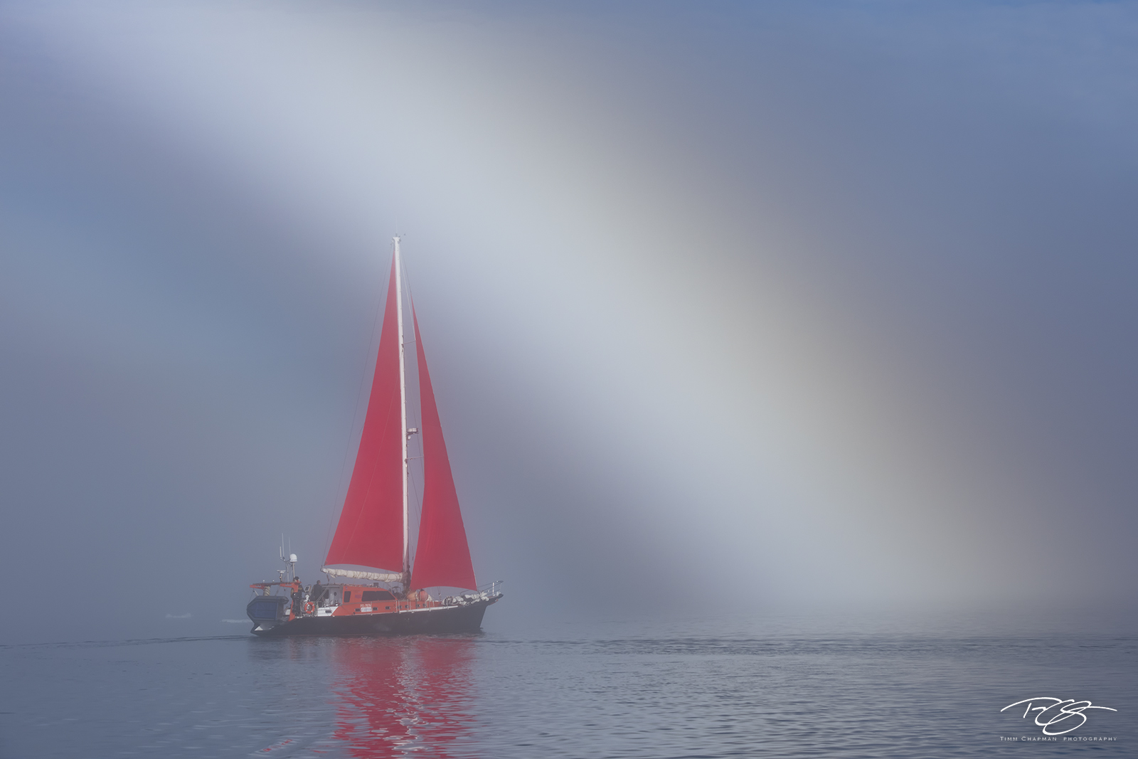 fog; foggy; mist; dreamy; disko bay; sailboat; sailing; red sails; schooner; sails; rainbow; fogbow; reflection; scarlet sails, photo