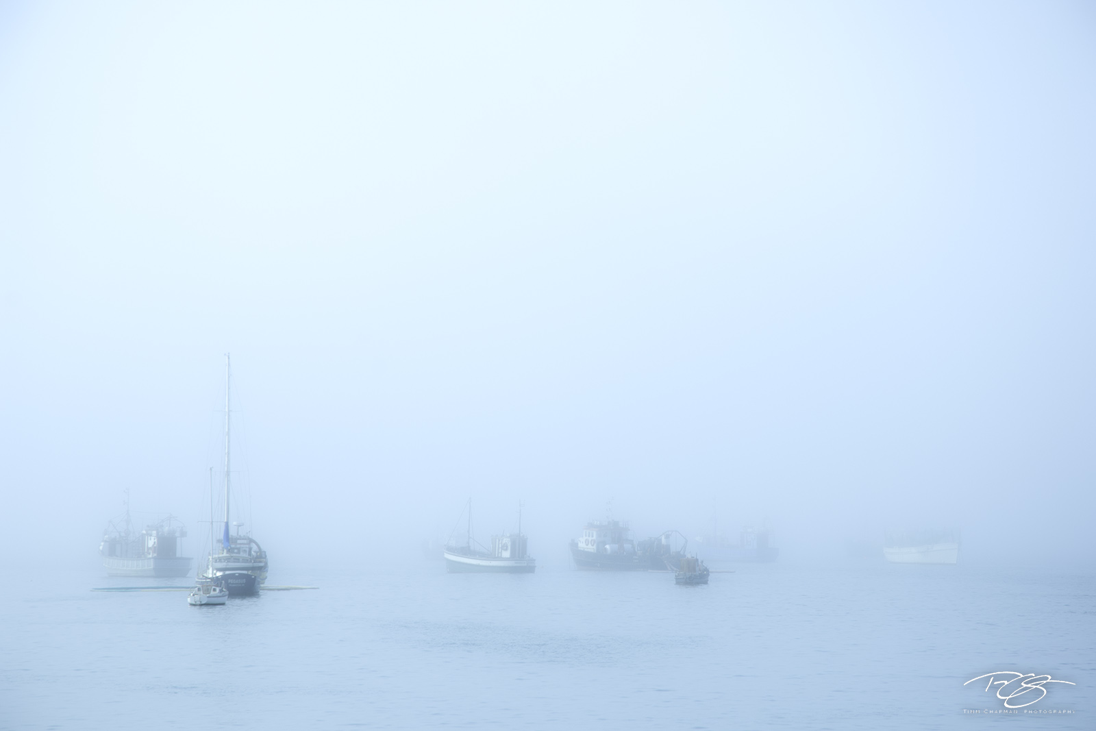 fishing village, harbour, harbor, fog, foggy, boats, marina, luderitz, namibia, etehereal, spooky, ghost, mist, photo