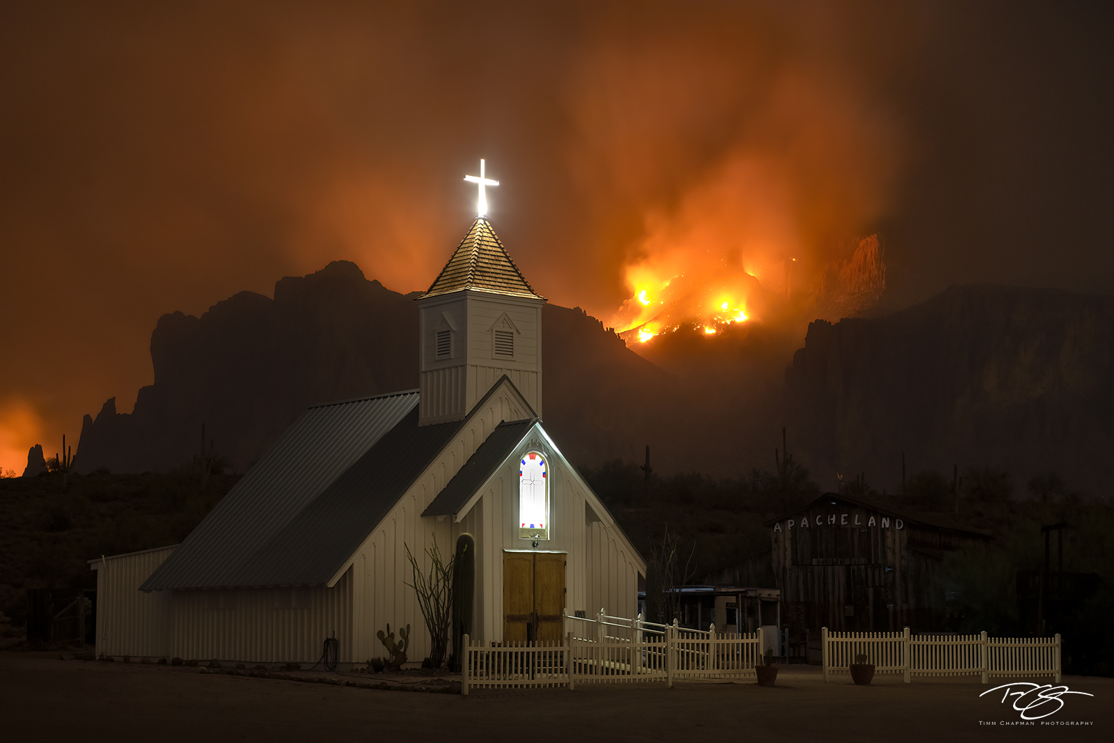 superstition mountain, superstition wilderness, elvis chapel, apacheland, night, forest fire, superstition wilderness, church, chapel, cross, fire, photo