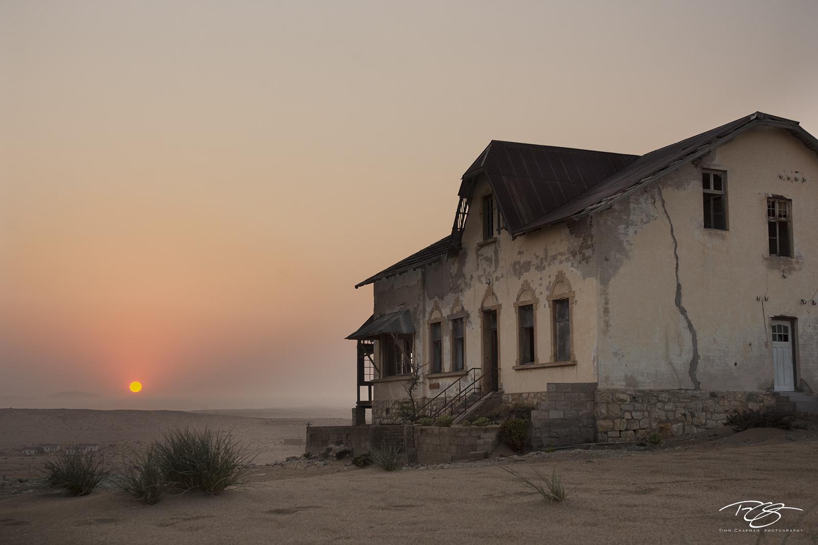 namibia, south west africa, namib desert, desert, sand, house, dunes, ghost town, kolmanskop, kolmanskuppe, luderitz, abandoned, town, diamond mining, flooded, homes, home, abandoned, derelict, photo