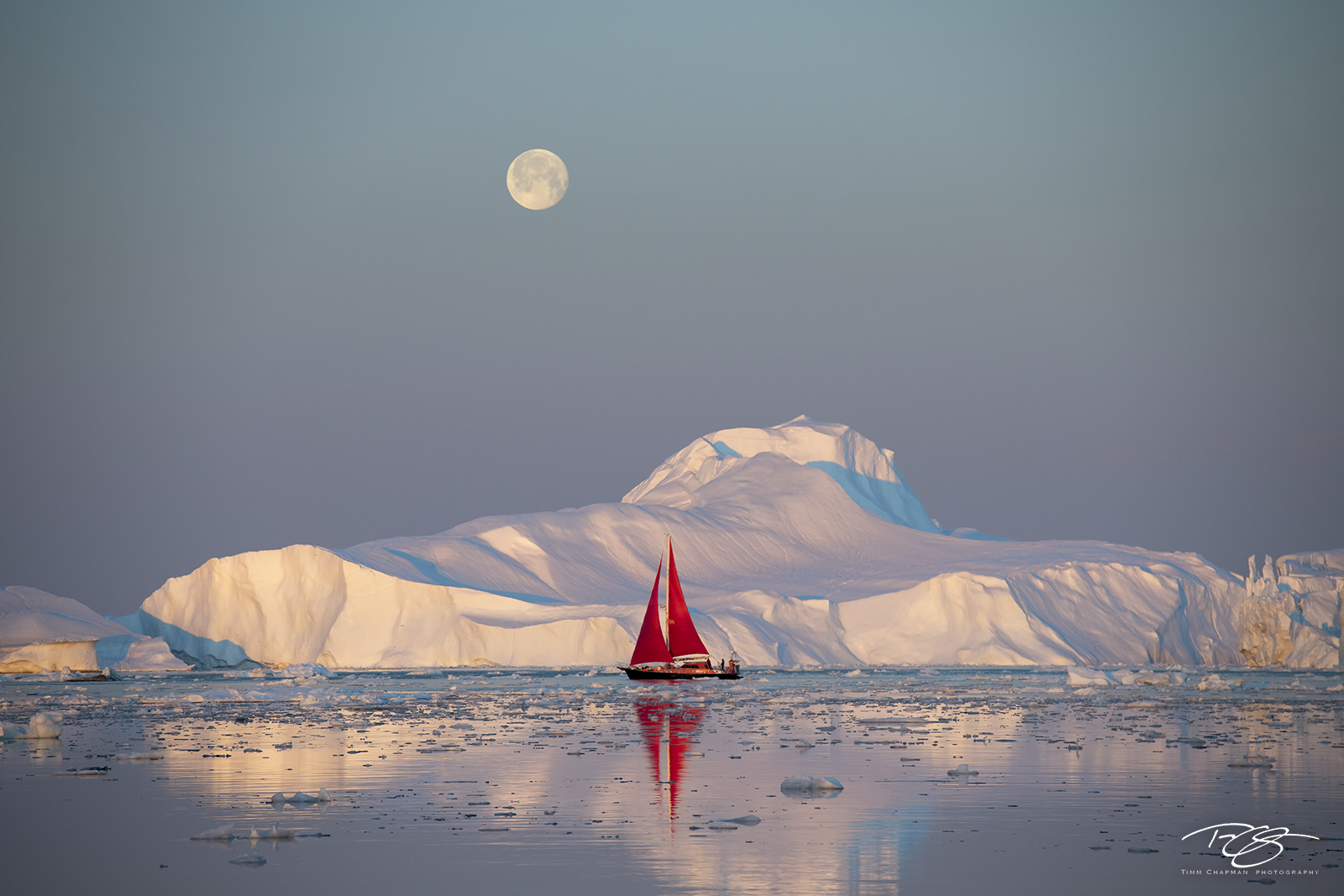 ice, iceberg, disko bay,  ship, sailboat, schooner,  full moon, sunrise, reflection yacht, red sails, scarlet sails, photo