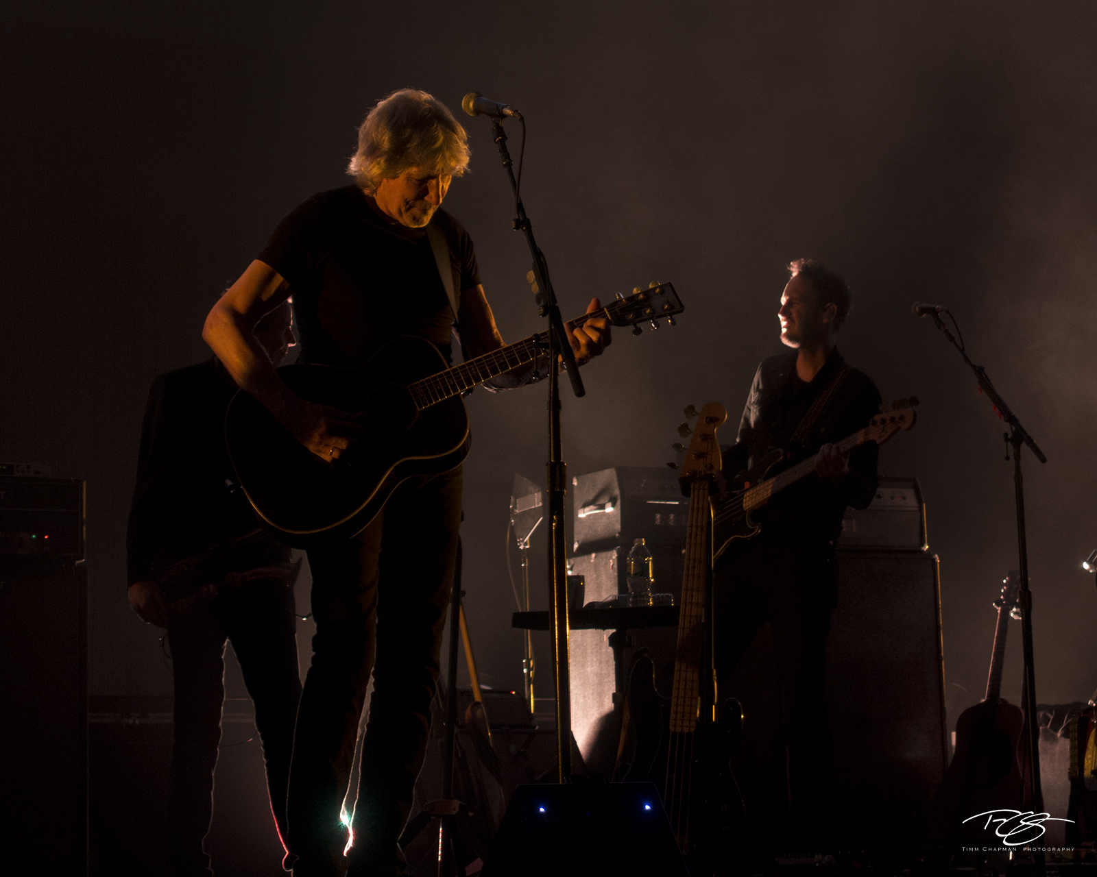 roger waters, pink floyd, in concert, performing, us + them, us and them, acoustic guitar, dark side of the moon, the wall, photo