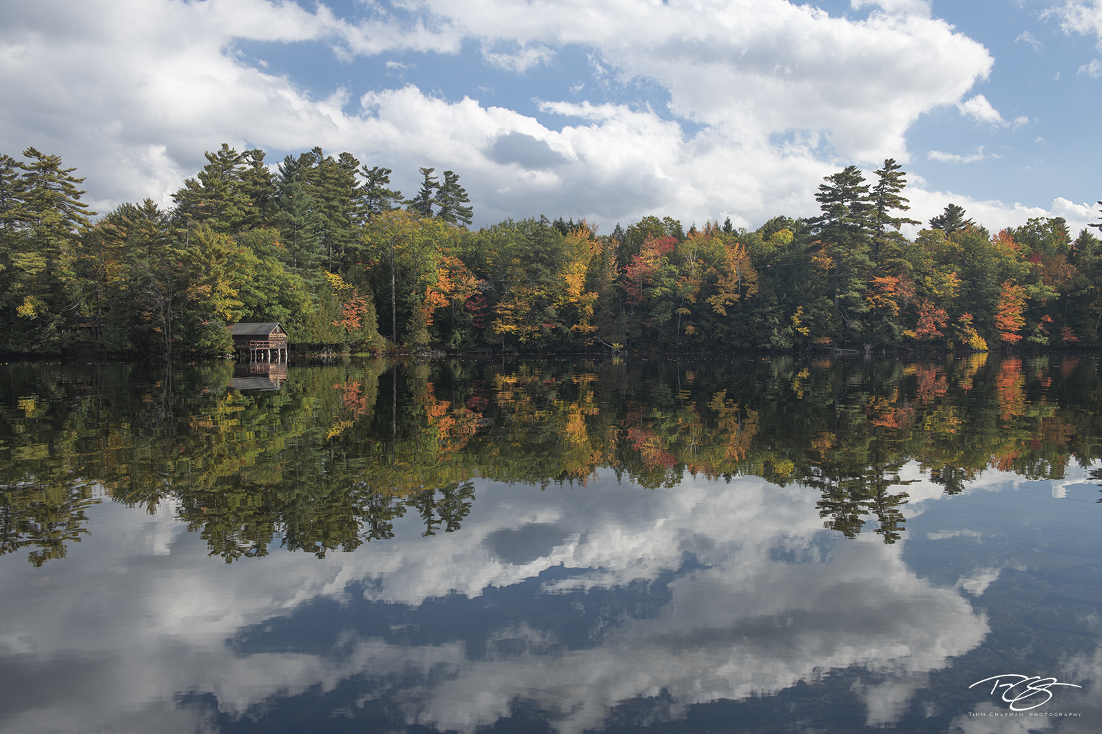 autumn, fall, colour, colours, color, colors, leaves, new england, maine, reflection, lake, pond, water, echo lake, cabin, clouds, sky, photo