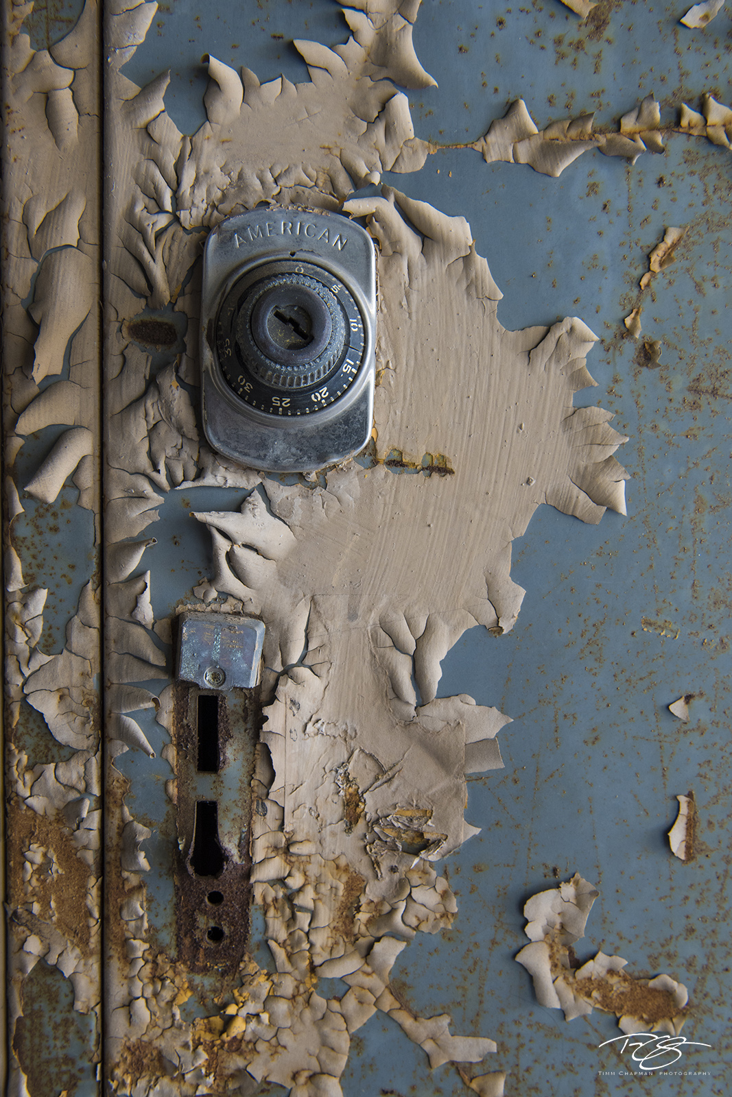 door, peeling paint, paint, blue, locker, school, beige, abandoned, old, school's out, photo