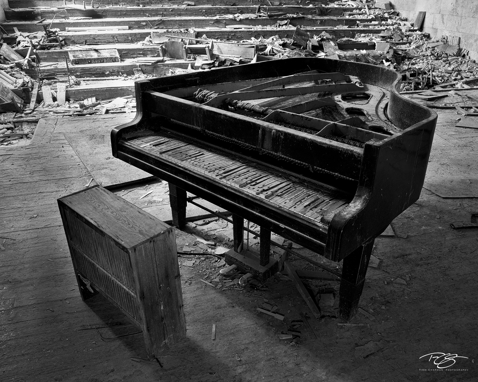 chernobyl, chornobyl, pripyat, exclusion zone, abandoned, forgotten, wasteland, radioactive, decay, piano, worn, recital, stage, grand piano, when the music stops, reclamation, music, warped, the day , photo