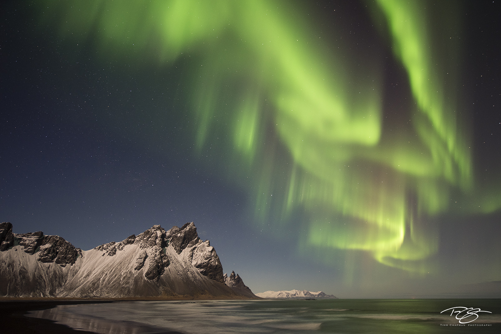 Iceland, aurora, borealis, green, Vestrahorn, stars, northern lights, spirit, coronal mass ejection, solar flare, energy, nordic, arctic, stokksnes, vesturhorn, reflection, mountains