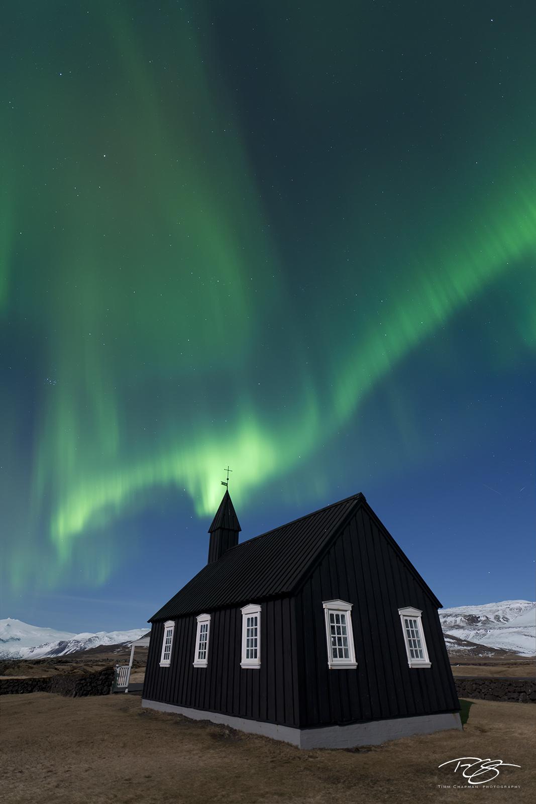 Iceland, aurora, borealis, green, violet, stars, northern lights, ribbon, spirit, coronal mass ejection, solar flare, energy, nordic, arctic, church, black, budir, Búðir, cross, steeple, small church, photo