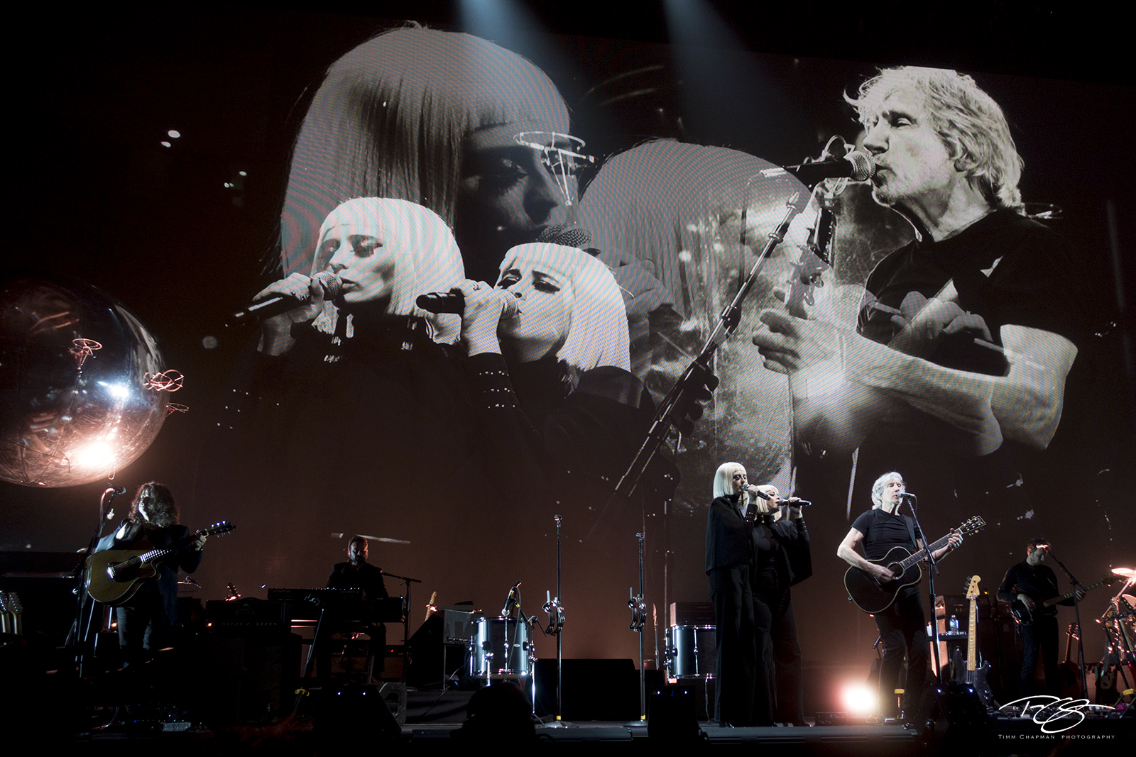 roger waters, pink floyd, in concert, performing, us + them, us and them, acoustic guitar, dark side of the moon, the wall, Holly Laessig, Jess Wolfe, Jonathan Wilson, Gus Seyffert, Dave Kilminster, J, photo