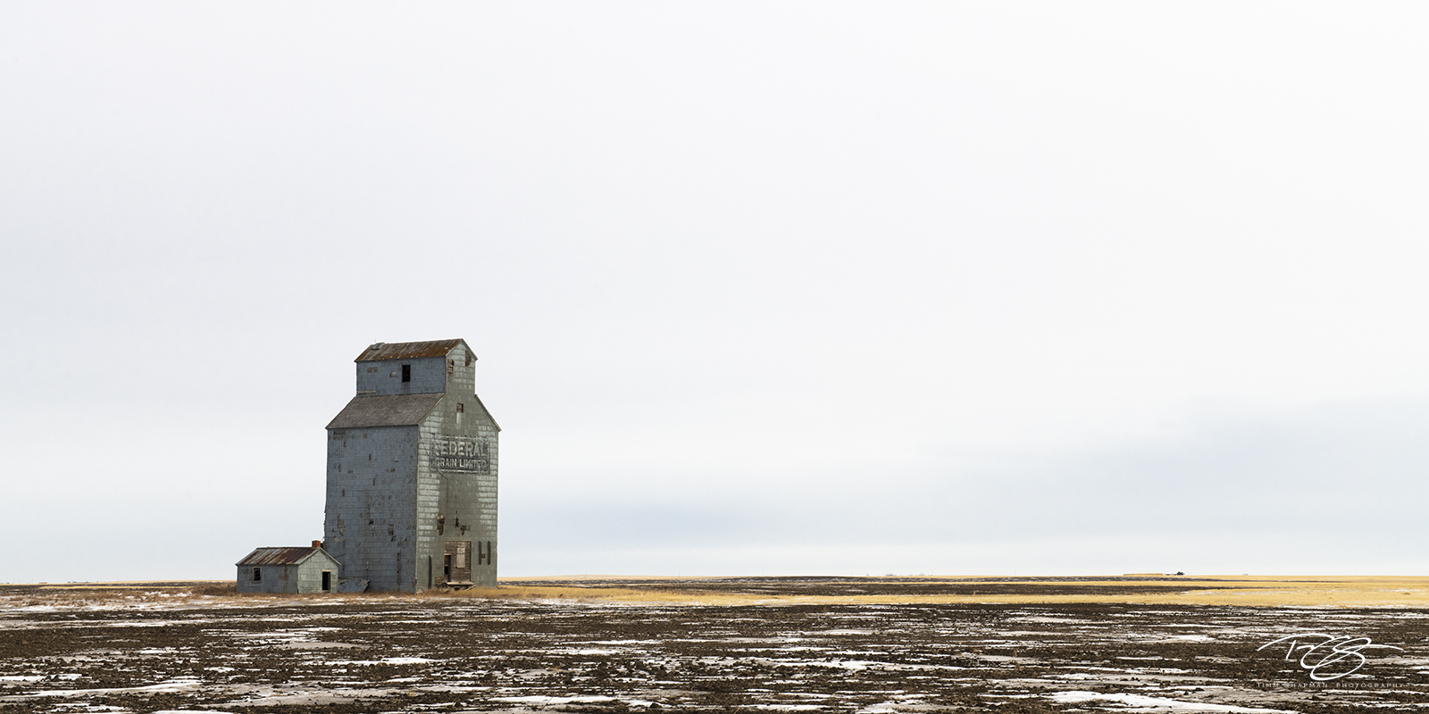 This Federal Elevator, built during the 1916-1917 crop year, operated for just shy of 50 years before taking early retirement