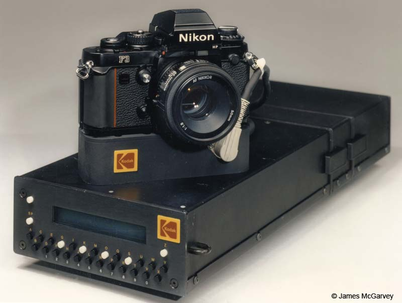 nasa, nikon, space camera, F, FTN, F3, small camera, big camera, large camera, F4, F4 ESC, F4S, EVA, F5, DCS460, DCS660, DCS760, photo